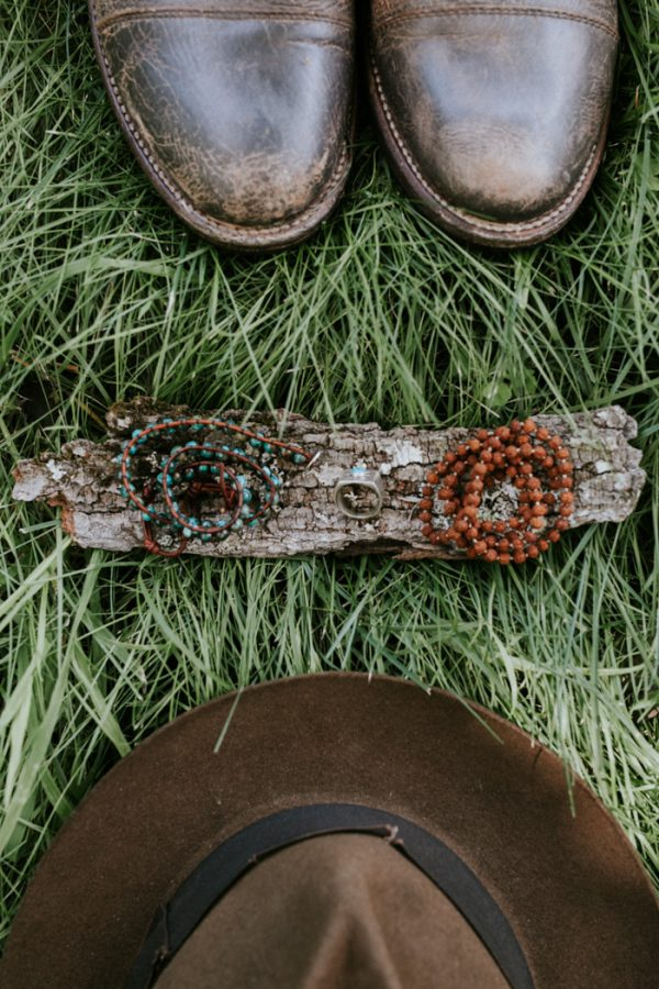 naturally-boho-maine-wedding-at-the-lookout-4