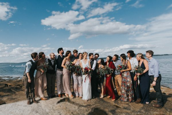 naturally-boho-maine-wedding-at-the-lookout-42