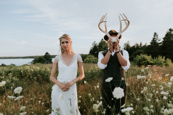 naturally-boho-maine-wedding-at-the-lookout-61