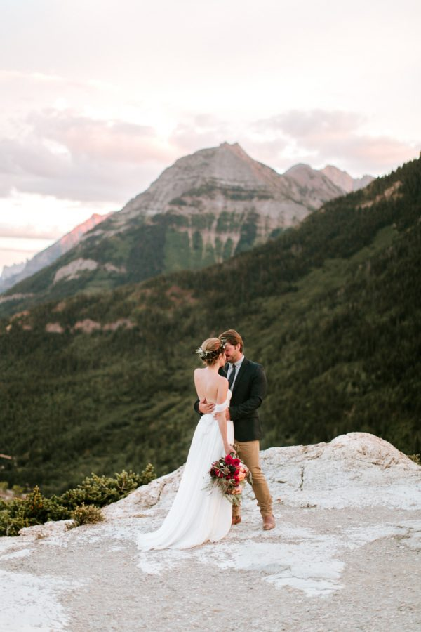 ntimate-mountaintop-wedding-inspiration-at-waterton-lakes-national-park-12