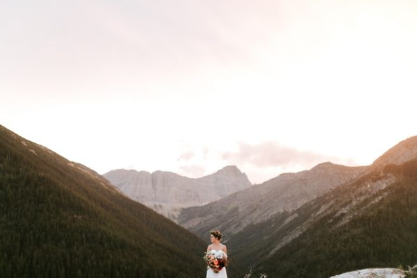 ntimate-mountaintop-wedding-inspiration-at-waterton-lakes-national-park-14