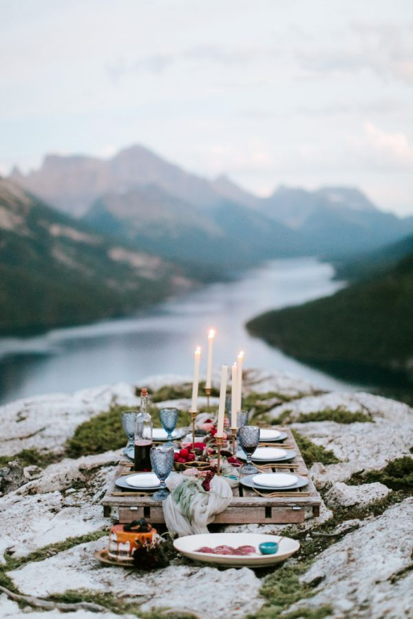 ntimate-mountaintop-wedding-inspiration-at-waterton-lakes-national-park-25