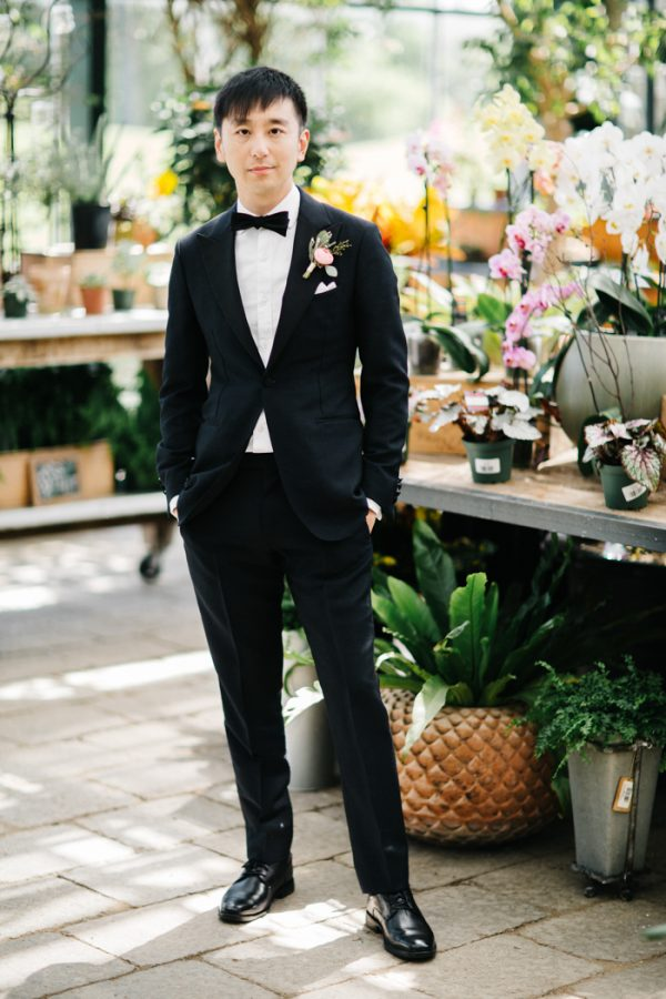 overwhelmingly-lush-michigan-wedding-at-the-planterra-conservatory-17