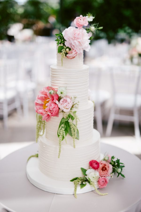 overwhelmingly-lush-michigan-wedding-at-the-planterra-conservatory-25