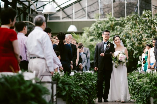 overwhelmingly-lush-michigan-wedding-at-the-planterra-conservatory-29