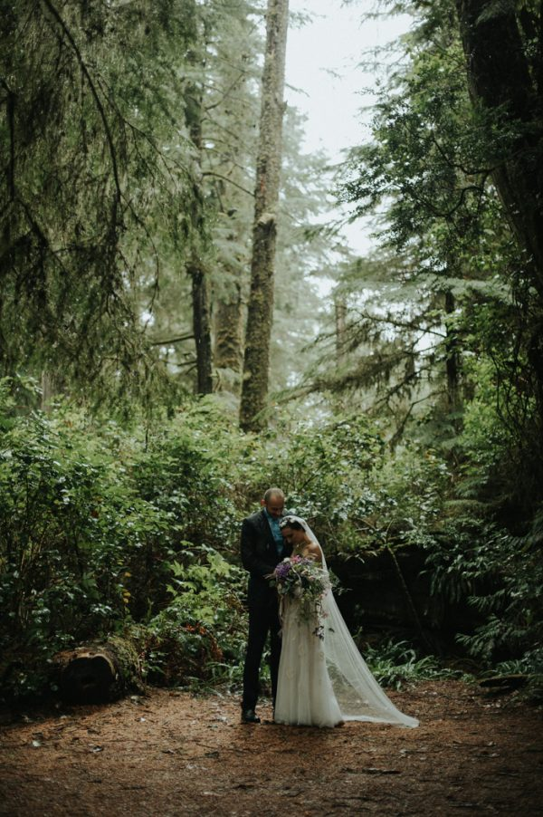 passionate-and-personal-tofino-beach-elopement-22