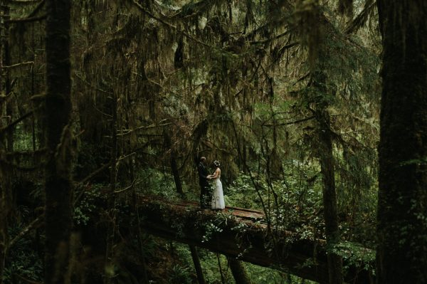 passionate-and-personal-tofino-beach-elopement-35