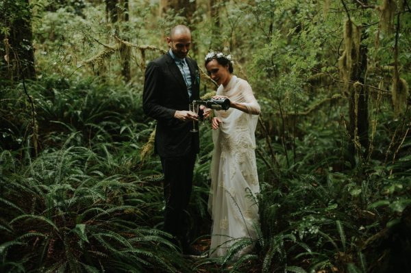 passionate-and-personal-tofino-beach-elopement-36