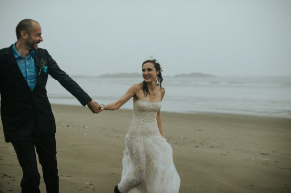 passionate-and-personal-tofino-beach-elopement-45