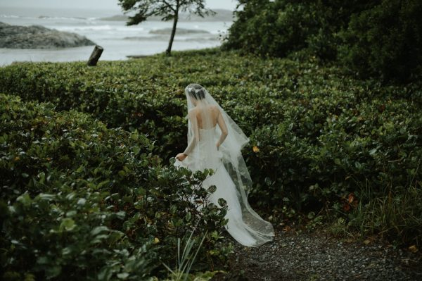 passionate-and-personal-tofino-beach-elopement-7