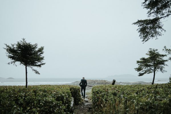 passionate-and-personal-tofino-beach-elopement-9