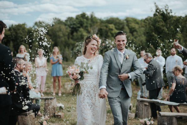 Bohemian South Pond Farms Wedding by Daring Wanderer // www.daringwanderer.com
