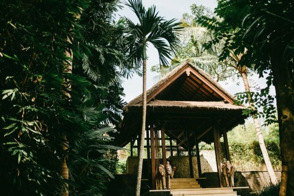 sophisticated-jungle-wedding-at-the-sanctuary-bali-2