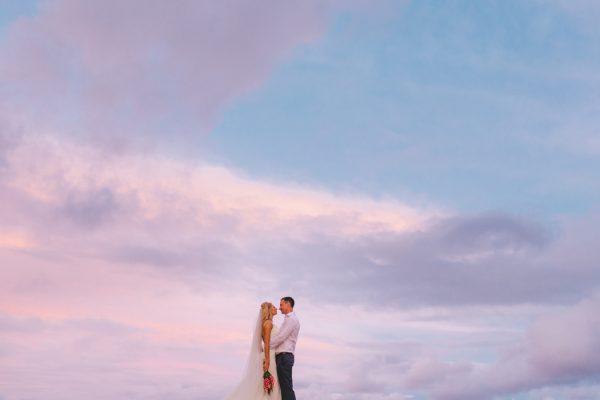 sunset-destination-wedding-on-fijis-coral-coast-24