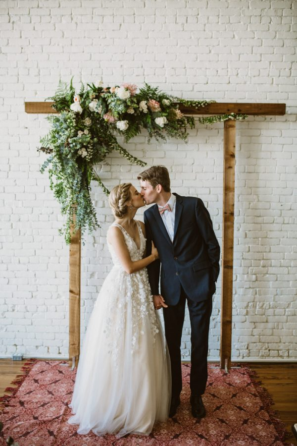 sweet pastel texas wedding at one eleven east junebug