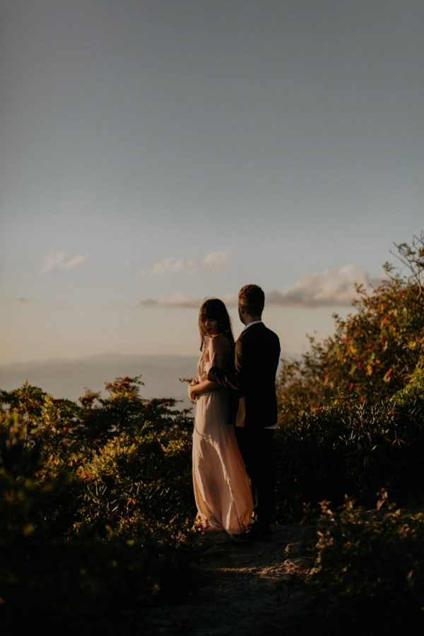 this-asheville-engagement-has-sunset-views-and-plenty-of-snuggles-16