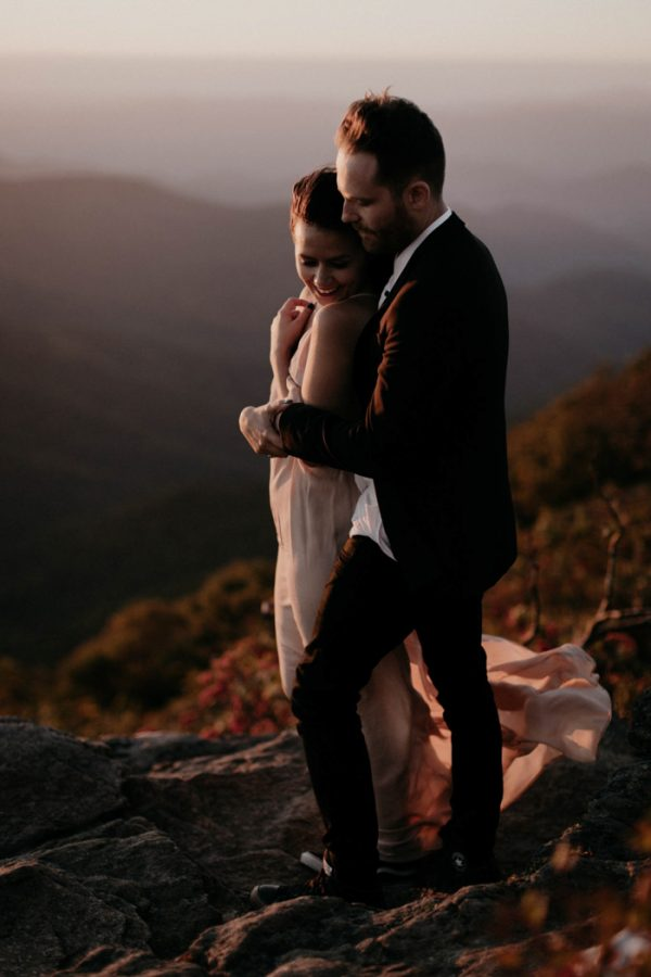 this-asheville-engagement-has-sunset-views-and-plenty-of-snuggles-25