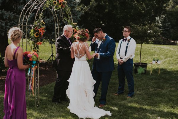 this-backyard-fiesta-wedding-took-notes-from-frida-kahlos-style-22