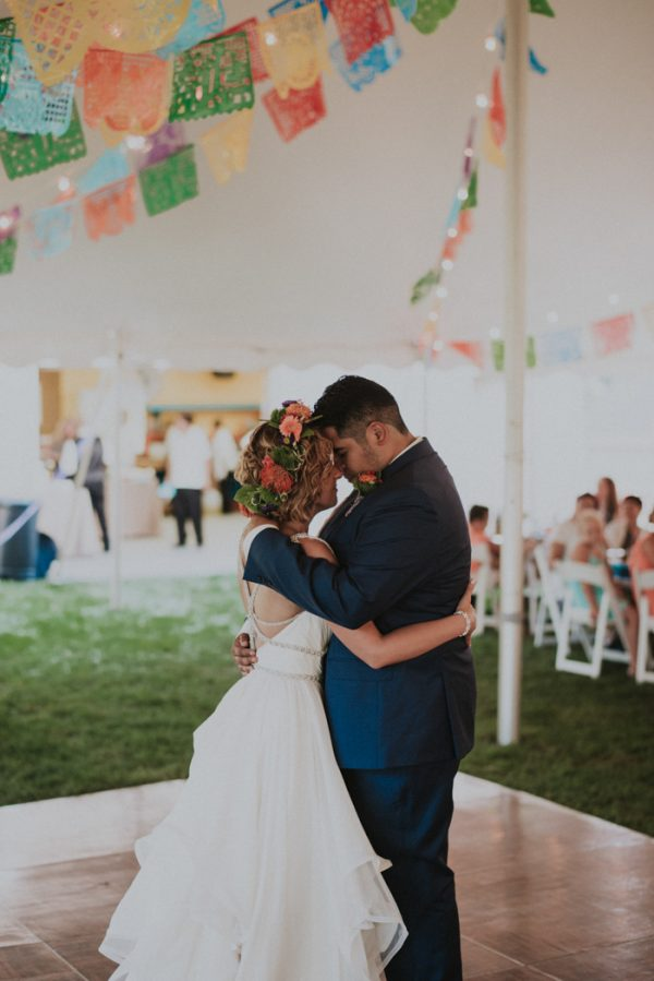 this-backyard-fiesta-wedding-took-notes-from-frida-kahlos-style-29