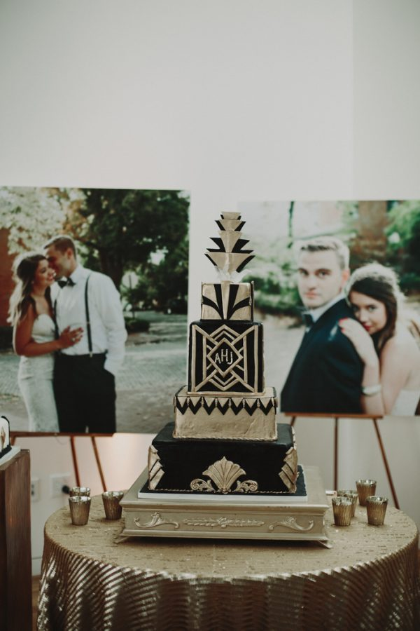 These gatsby wedding ideas are perfect for your vintage glam day this columbus museum of art wedding puts a junglespirit