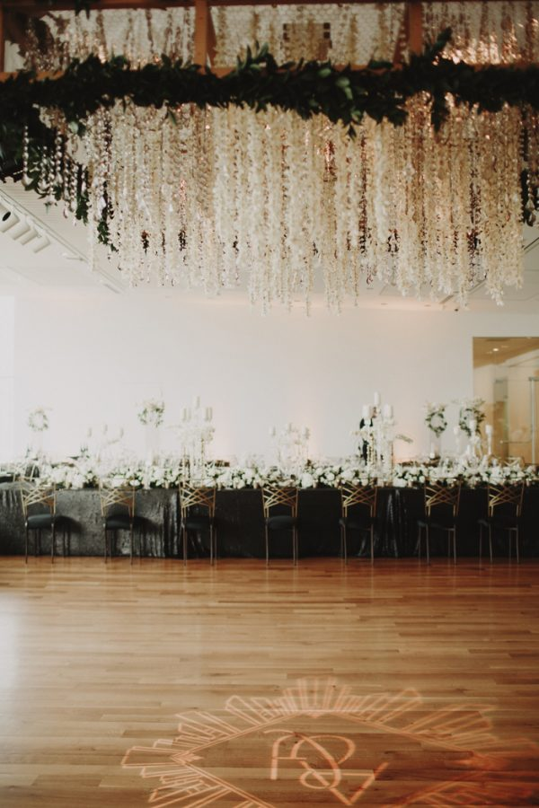 this-columbus-museum-of-art-wedding-puts-a-modern-spin-on-the-great-gatsby-49