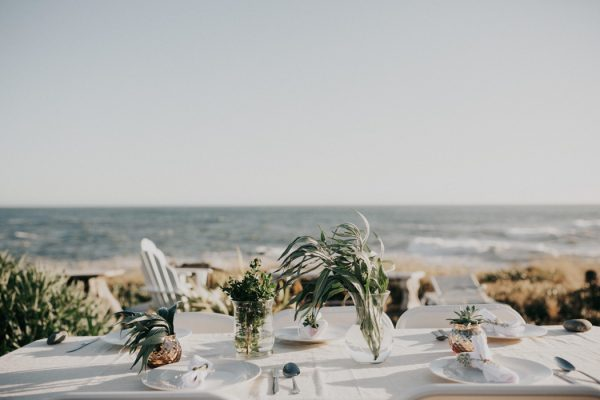 this-oceanside-wedding-at-shelter-cove-is-the-epitome-of-laid-back-chic-28
