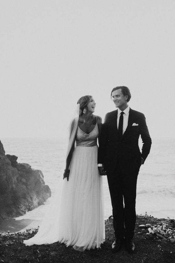 this-oceanside-wedding-at-shelter-cove-is-the-epitome-of-laid-back-chic-37