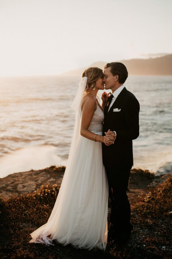 this-oceanside-wedding-at-shelter-cove-is-the-epitome-of-laid-back-chic-40