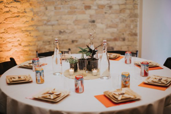 this-wedding-at-the-box-milwaukee-is-full-of-vintage-whimsy-25