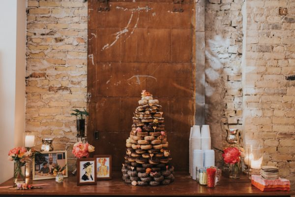 this-wedding-at-the-box-milwaukee-is-full-of-vintage-whimsy-27