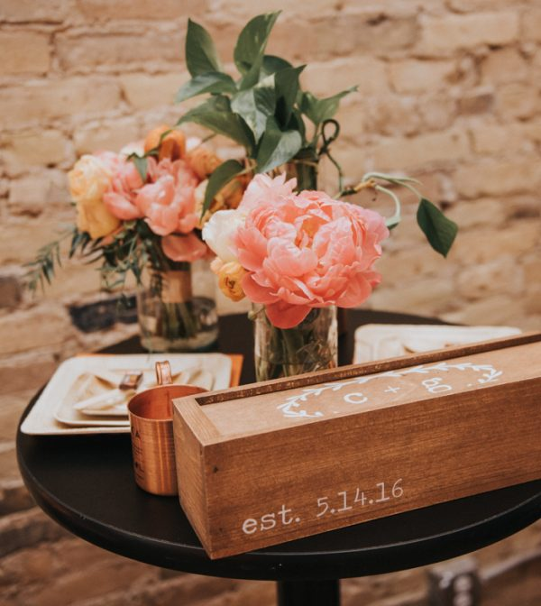 this-wedding-at-the-box-milwaukee-is-full-of-vintage-whimsy-37