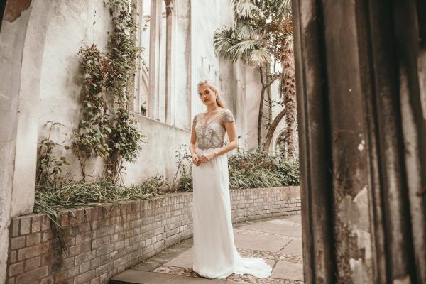 anna-campbell-wedding-gowns-31