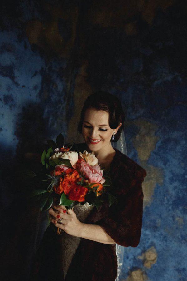 chic-lisbon-wedding-at-fronteira-palace-lookimaginary-38-600x900