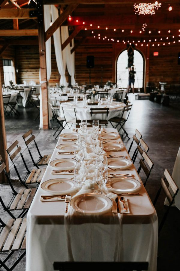 dreamy-oklahoma-barn-wedding-at-rosemary-ridge-melissa-marshall-photography-11