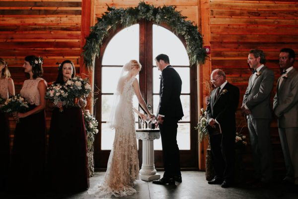 dreamy-oklahoma-barn-wedding-at-rosemary-ridge-melissa-marshall-photography-18