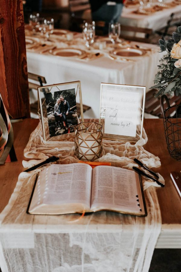 dreamy-oklahoma-barn-wedding-at-rosemary-ridge-melissa-marshall-photography-5