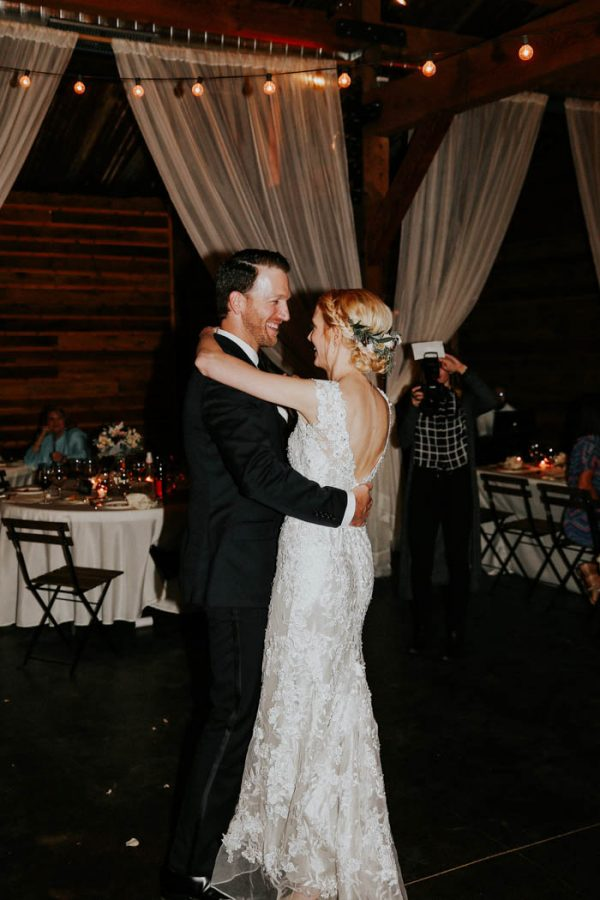 dreamy-oklahoma-barn-wedding-at-rosemary-ridge-melissa-marshall-photography-55