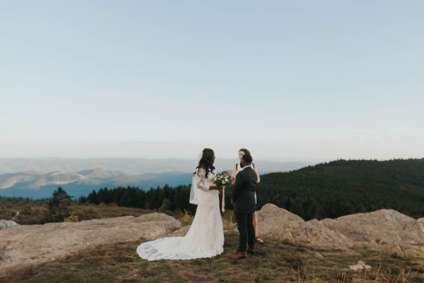 emotional-black-balsam-knob-elopement-at-sunset-amelia-fletcher-photography-17