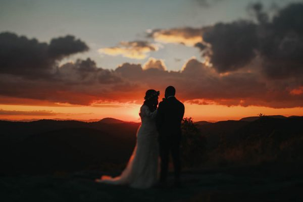 emotional-black-balsam-knob-elopement-at-sunset-amelia-fletcher-photography-28