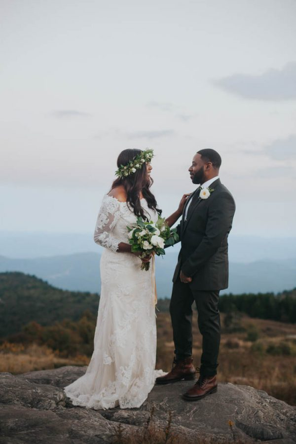 emotional-black-balsam-knob-elopement-at-sunset-amelia-fletcher-photography-38