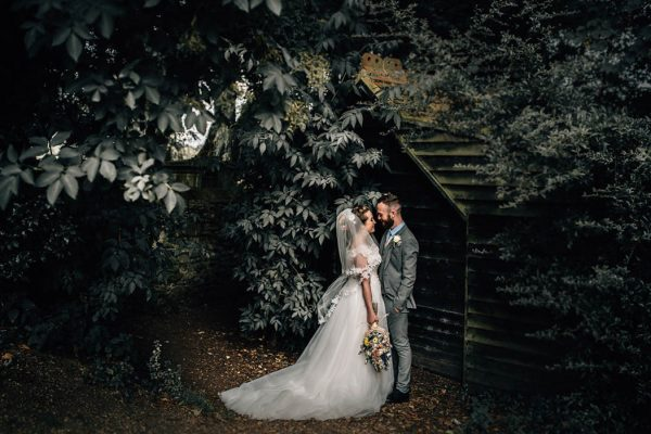 enchanting-english-wedding-at-the-thatch-barn-daniela-k-photography-11