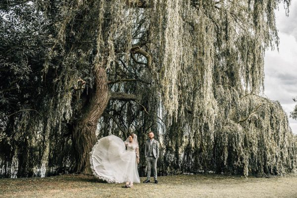 enchanting-english-wedding-at-the-thatch-barn-daniela-k-photography-12