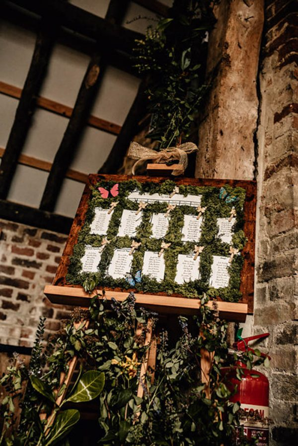 enchanting-english-wedding-at-the-thatch-barn-daniela-k-photography-14