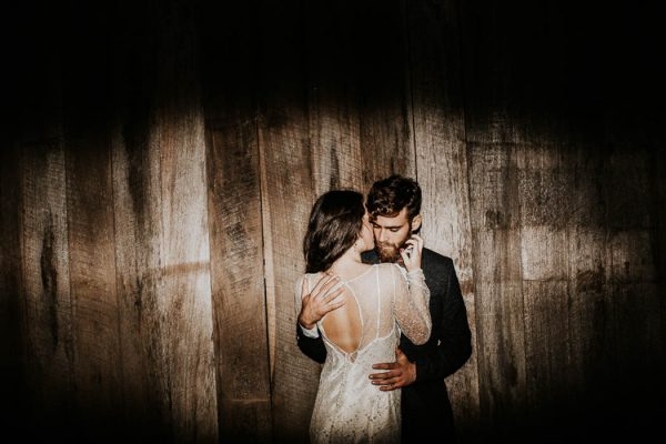 ethereal-and-dark-winter-wedding-inspiration-fresh-and-wood-67