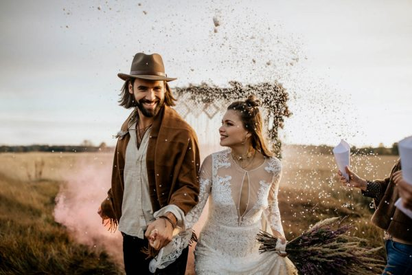 folksy-elopement-inspiration-in-munich-chris-and-ruth-photography-11