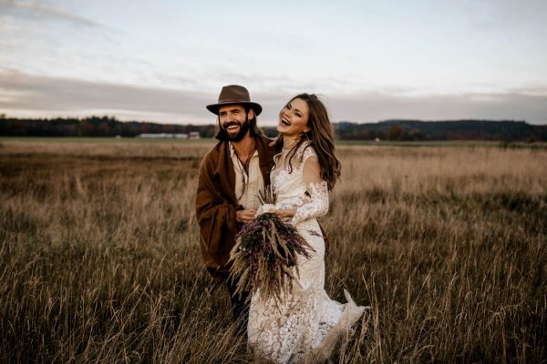folksy-elopement-inspiration-in-munich-chris-and-ruth-photography-17