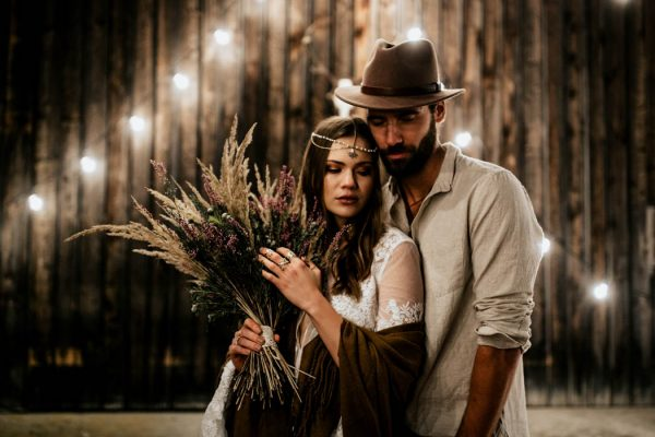 folksy-elopement-inspiration-in-munich-chris-and-ruth-photography-26