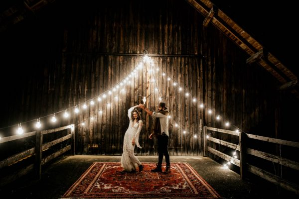 folksy-elopement-inspiration-in-munich-chris-and-ruth-photography-27