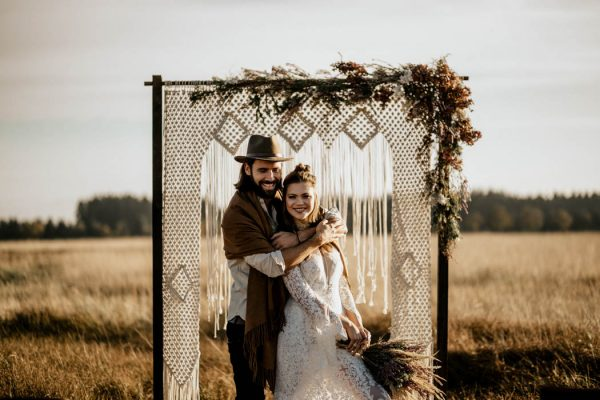 folksy-elopement-inspiration-in-munich-chris-and-ruth-photography-4