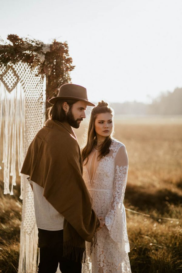 folksy-elopement-inspiration-in-munich-chris-and-ruth-photography-5